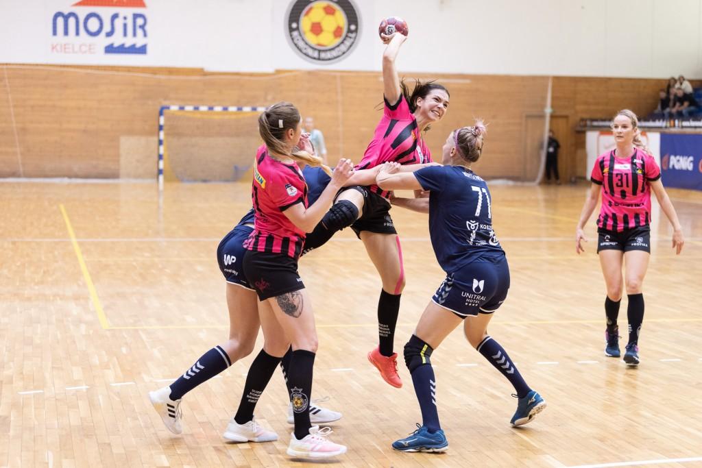 Zdjęcia z niedzielnego meczu Suzuki Korony Handball Kielce