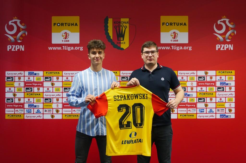 Transfer rzutem na taśmę: Marcin Szpakowski na trzy i pół roku w Koronie Kielce