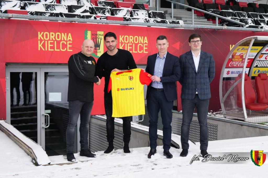 Ile Korona Kielce płaci agentom piłkarskim?